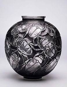 Large Scarabs Vase, 1923 (black patina and mould-blown glass)