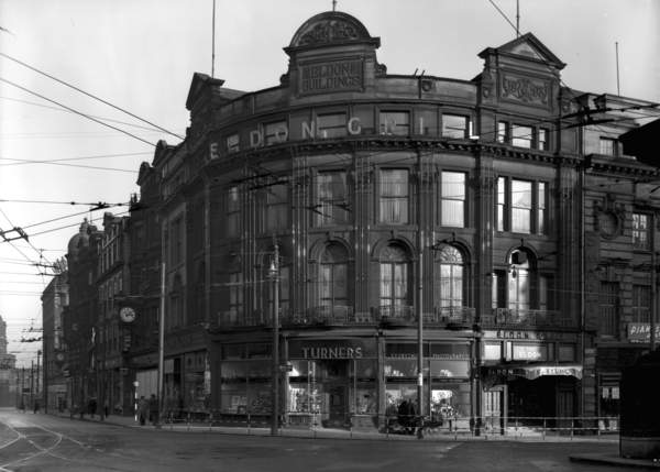 View of Turners photographic studio and shop on Blackett Street, Newcastle upon Tyne, February 1950 (bw photo) by Unbekannt Unbekannt