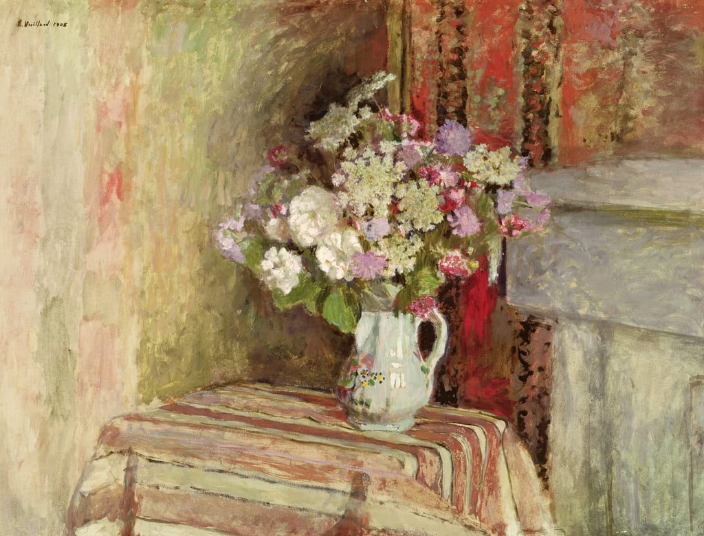 Flowers in a Vase, 1905 (oil on card) by Edouard Vuillard