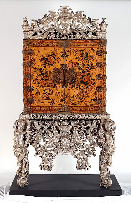 The Witcombe Cabinet, c.1697 (japanned and silvered wood) by English School