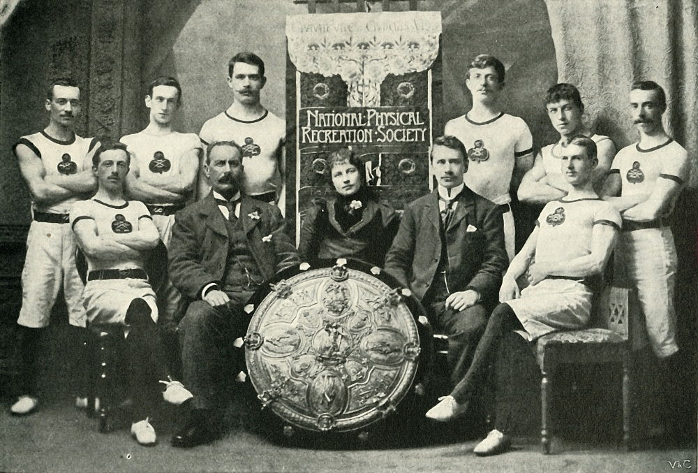 The Team of Aberdeen Gymnasts, Winners of the N.P.R.S. Challenge Shield, 1902.  by Unbekannt